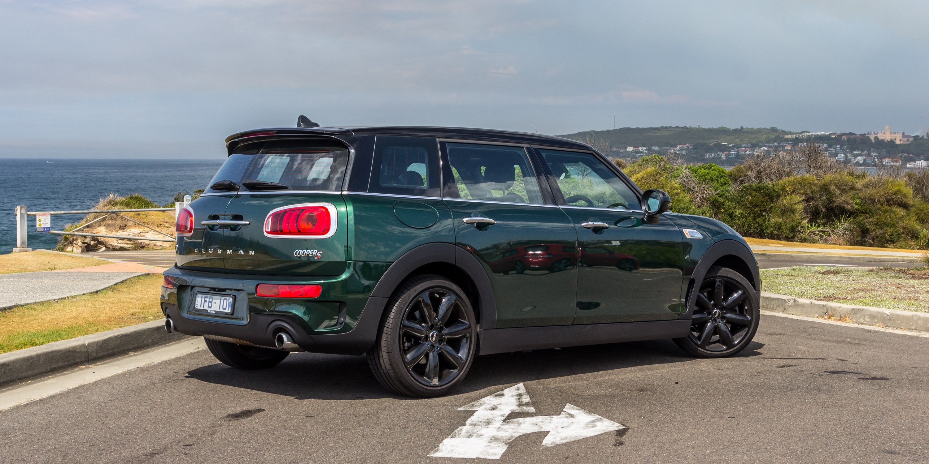 2016 mini cooper s clubman review. Black Bedroom Furniture Sets. Home Design Ideas