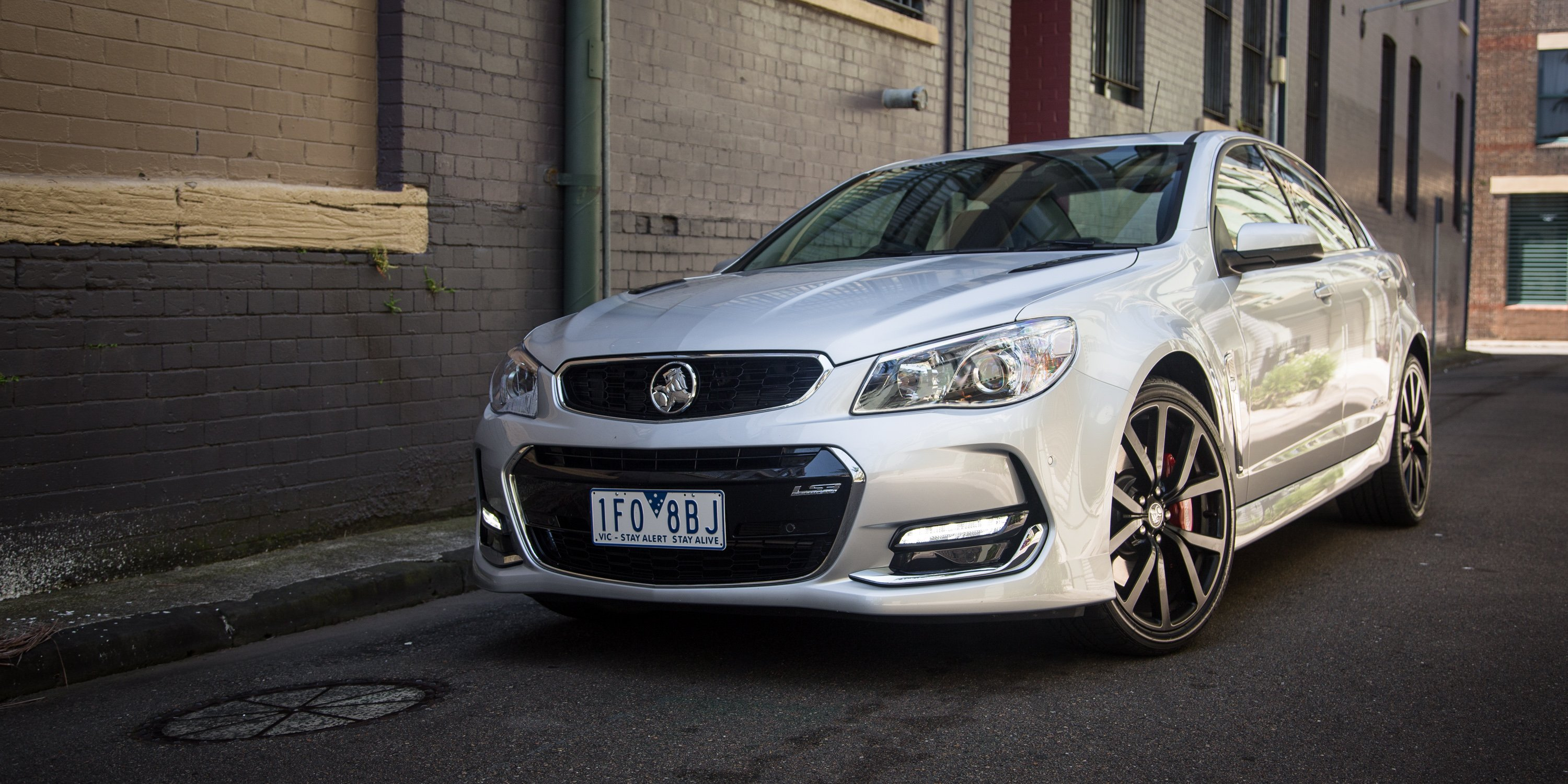 Elegant 2016 Holden Commodore SSV Redline Review Driving The City At Night