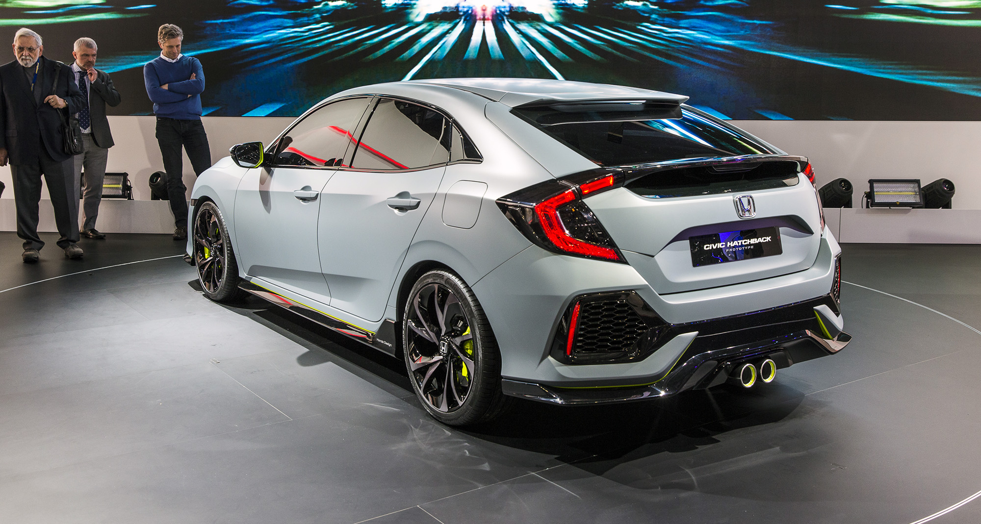 2017 honda civic hatchback revealed in patent images for Honda civic coupe hatchback