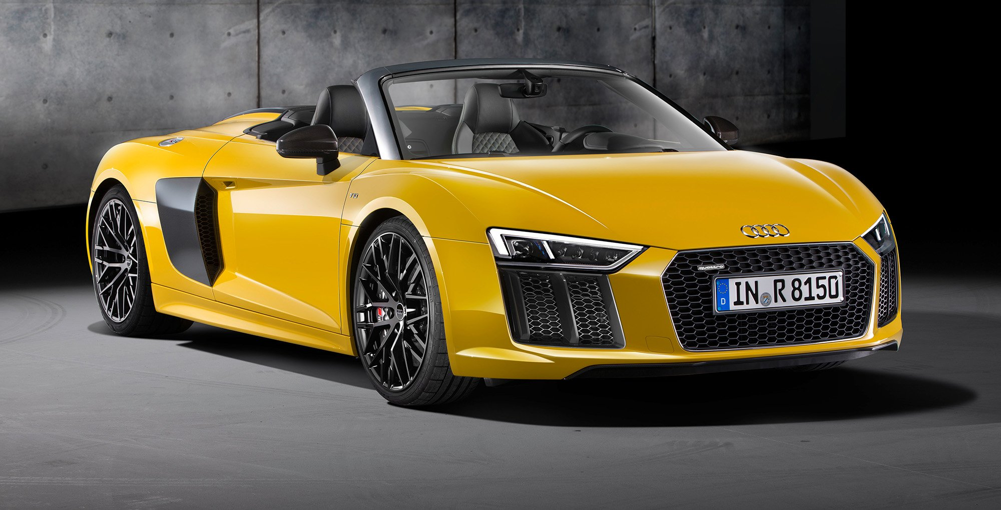 2017 audi r8 v10 spyder unveiled at new york motor show photos 1 of 5. Black Bedroom Furniture Sets. Home Design Ideas