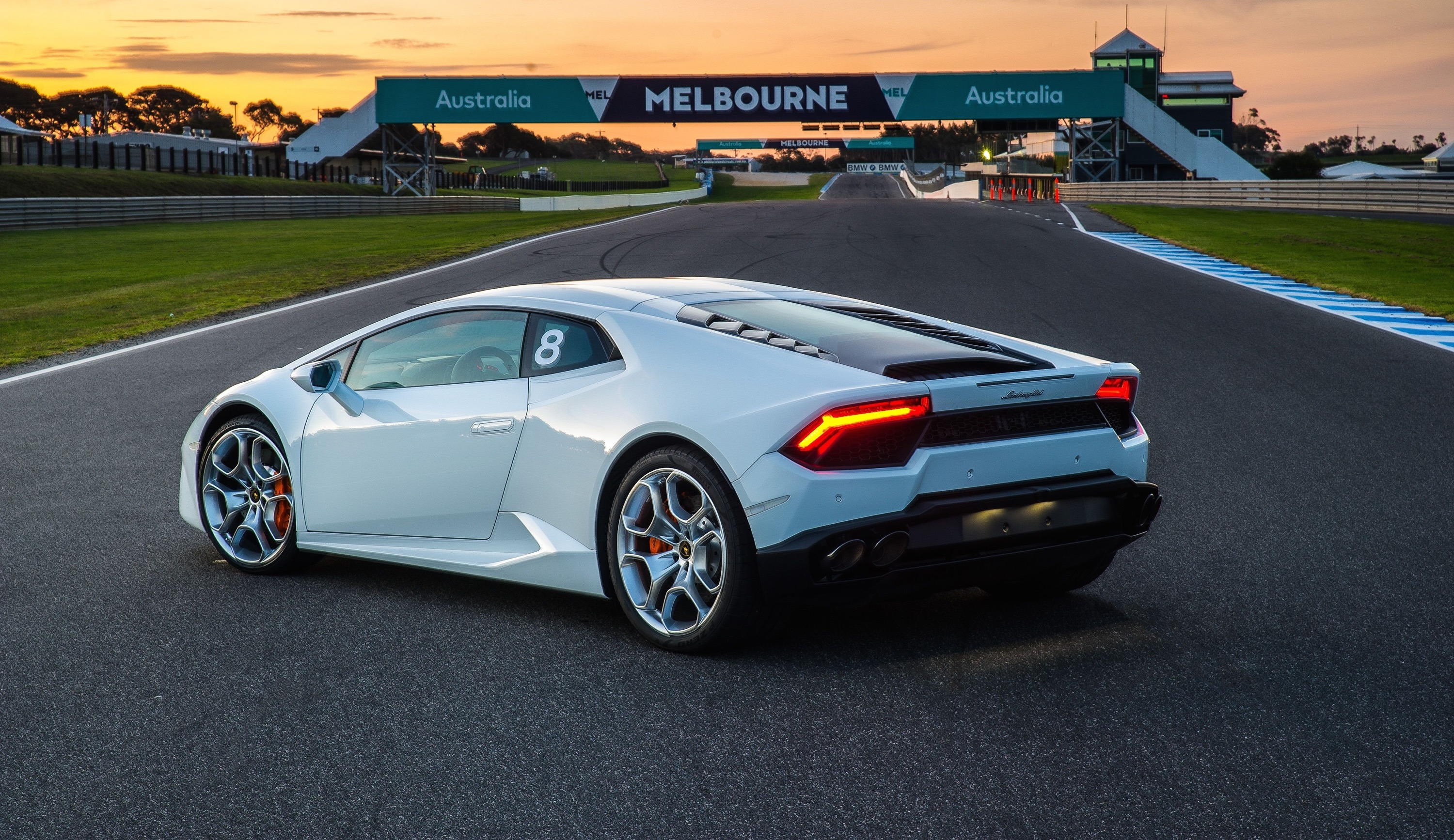 World Car Mazda >> 2016 Lamborghini Huracan LP580-2 Review: Track Test | CarAdvice