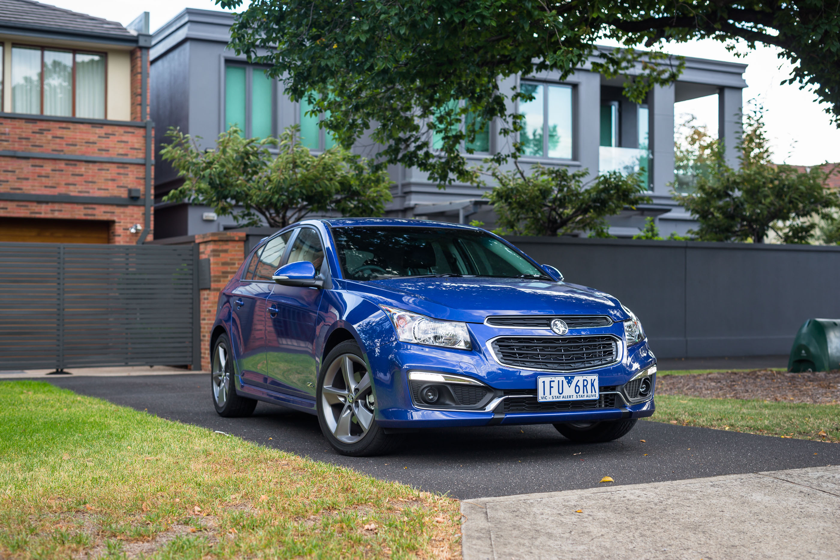 2016 holden cruze sri z series hatch review caradvice 2016 holden cruze sri z series hatch review vanachro Images