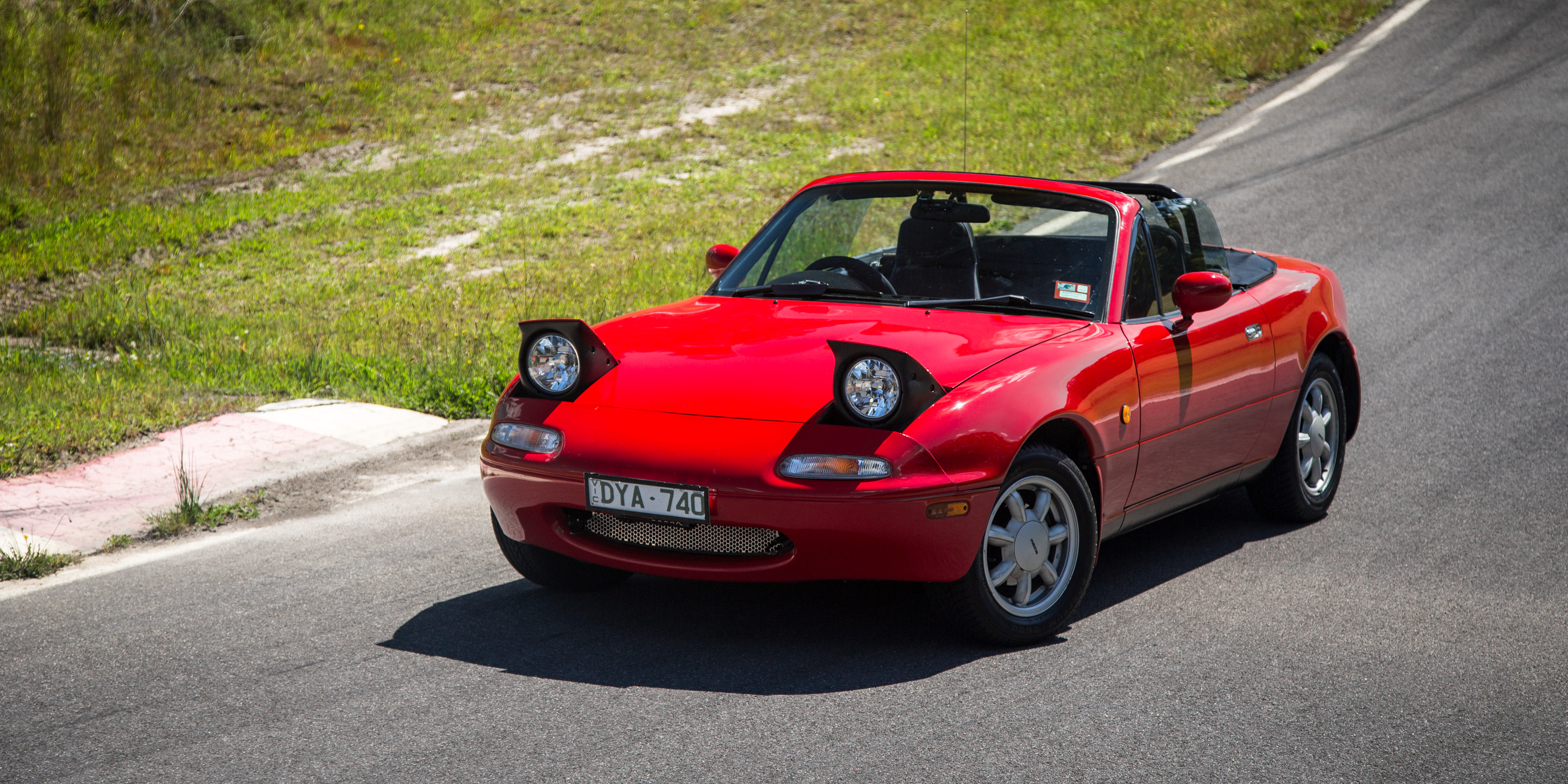 New Mazda MX5 Old V New Comparison Firstgeneration NA V