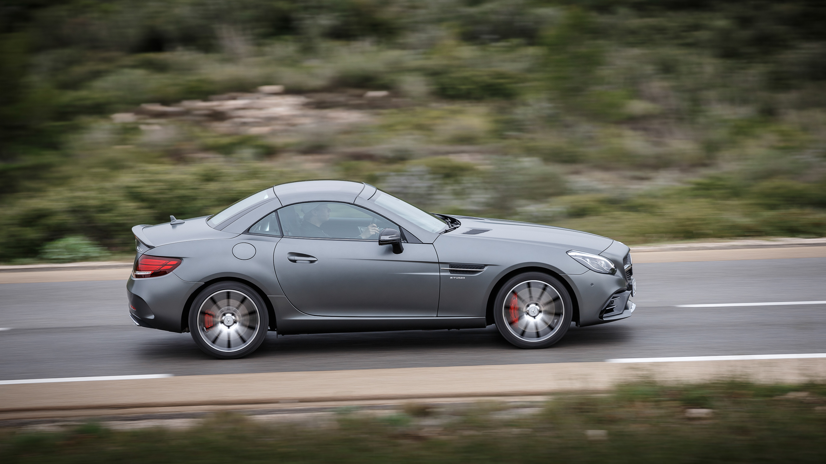2016 mercedes benz slc review slc300 and slc43 amg for Mercedes benz in paramus