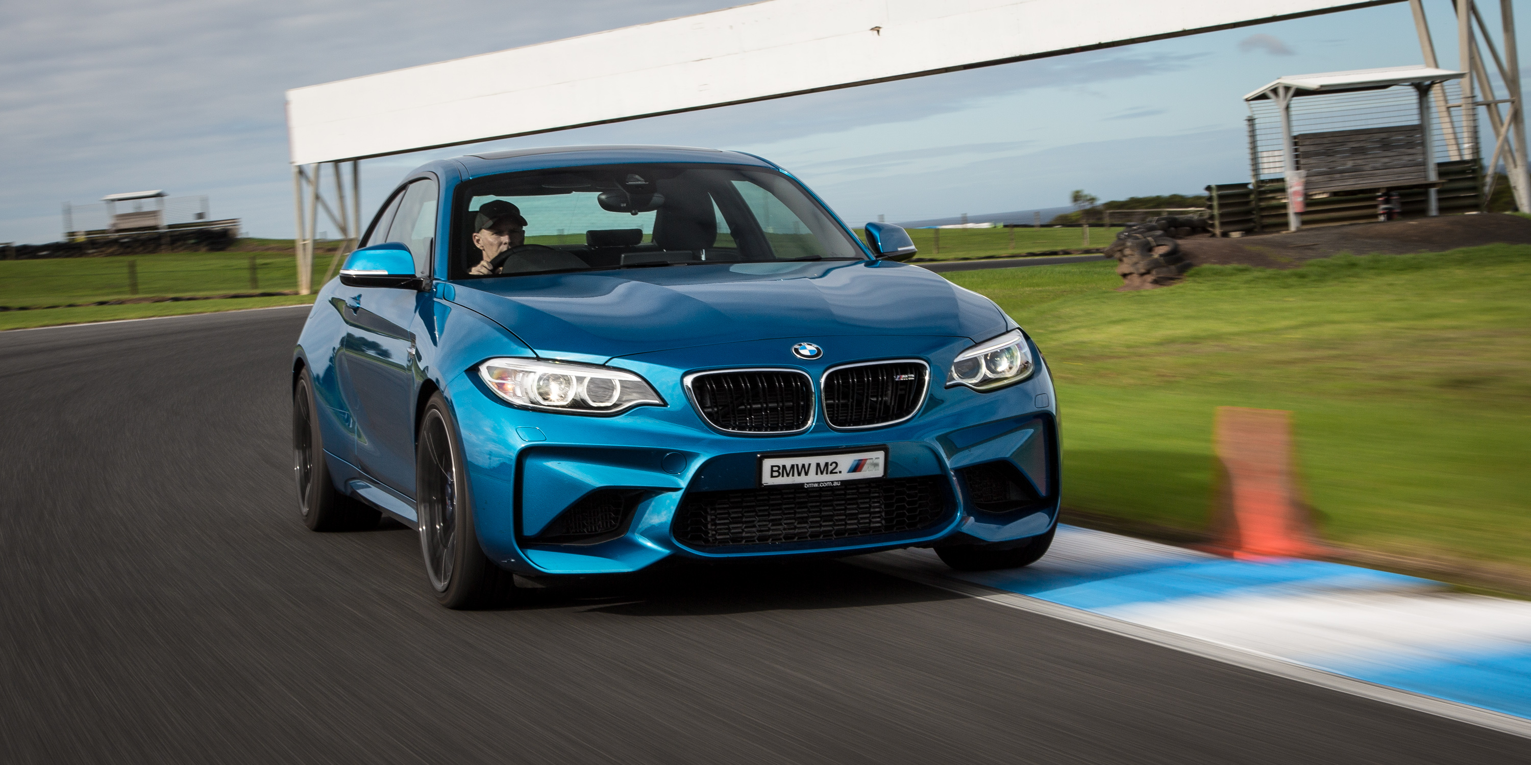 Popular BMW M Performance Day Winners Tackle Phillip Island