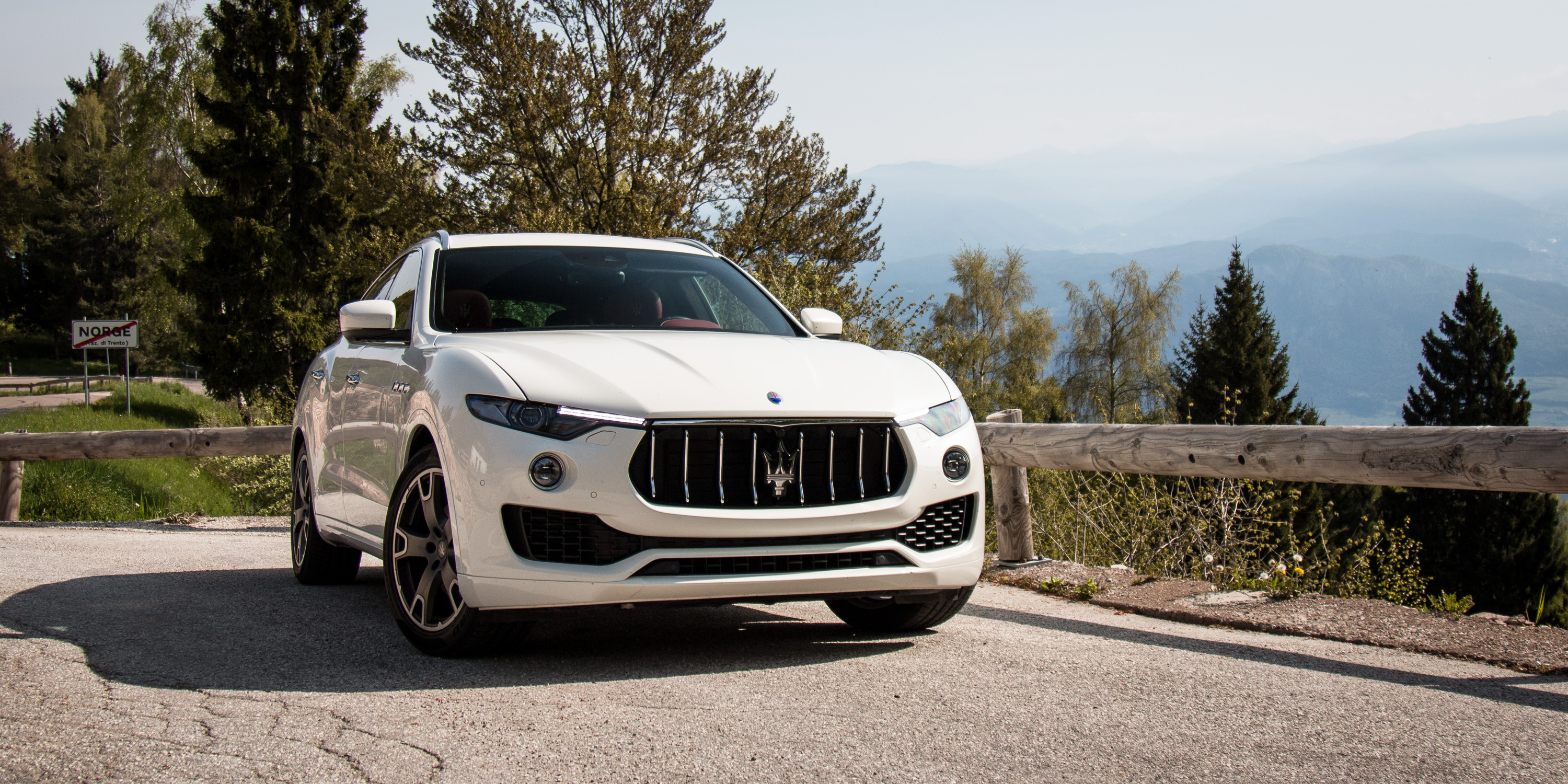 Brilliant 2016 Maserati Levante Review  CarAdvice