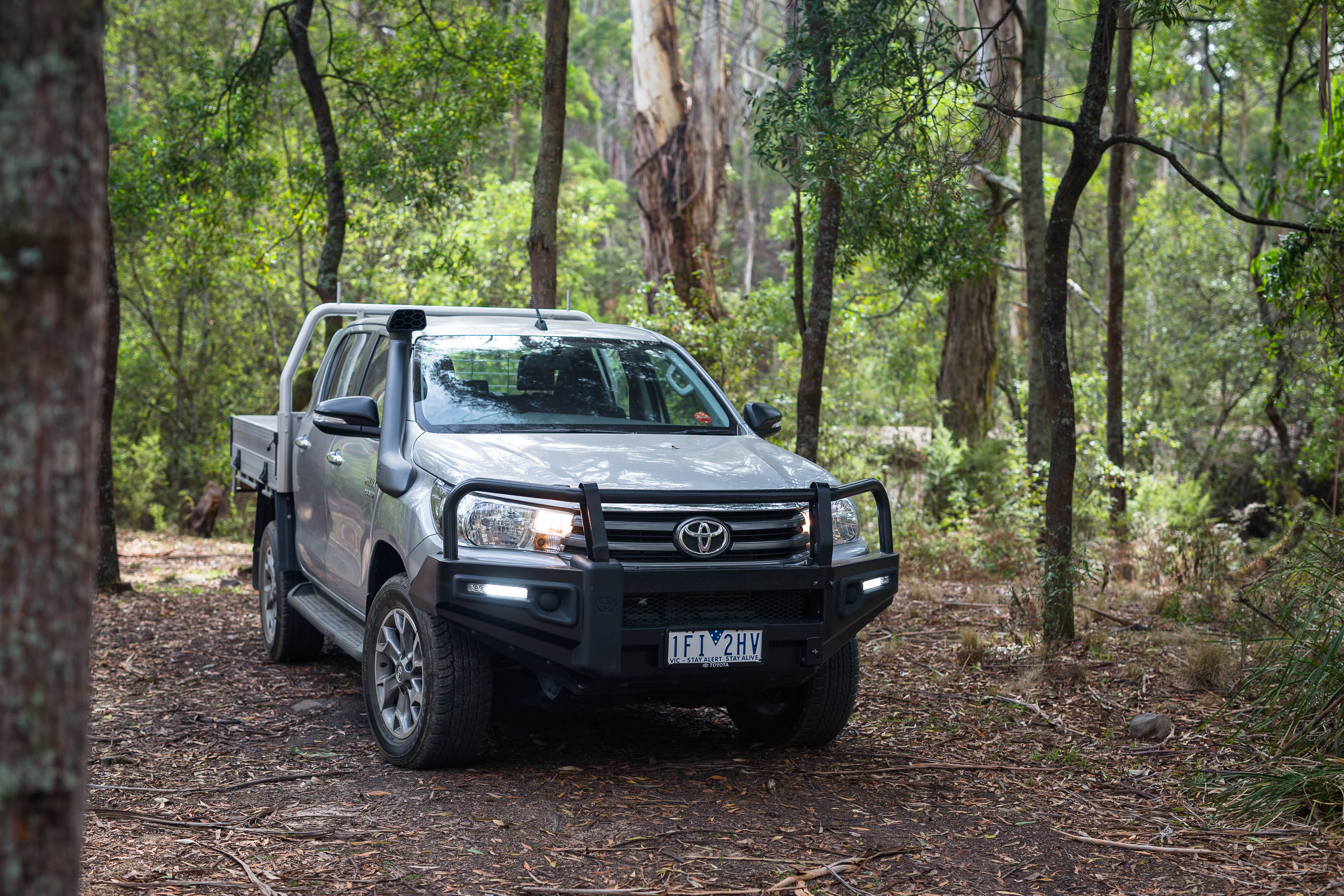 2016 toyota hilux sr 4x4 cab chassis review caradvice - 2016 Toyota Hilux Sr 4 4 Cab Chassis Review Photos Caradvice