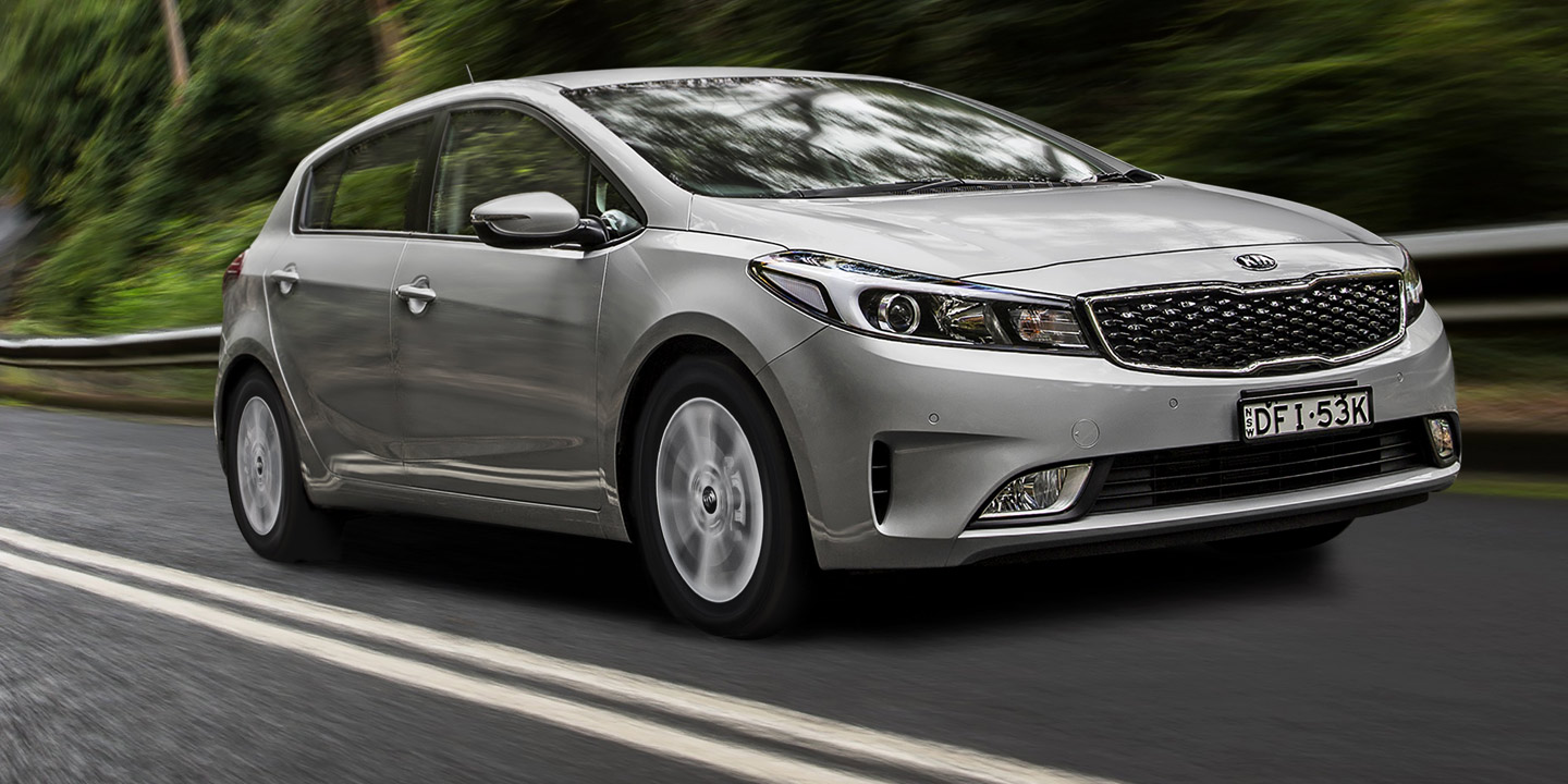 2017 Kia Cerato Review Specs And Price >> 2017 Kia Cerato Pricing And Specifications Photos 1 Of 32