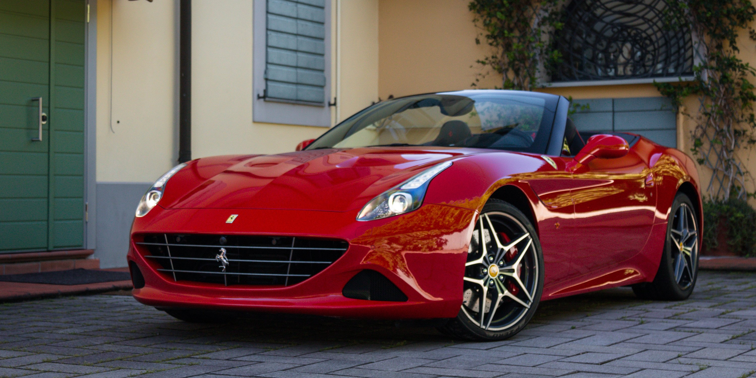 2016 ferrari california t handling speciale review caradvice. Black Bedroom Furniture Sets. Home Design Ideas