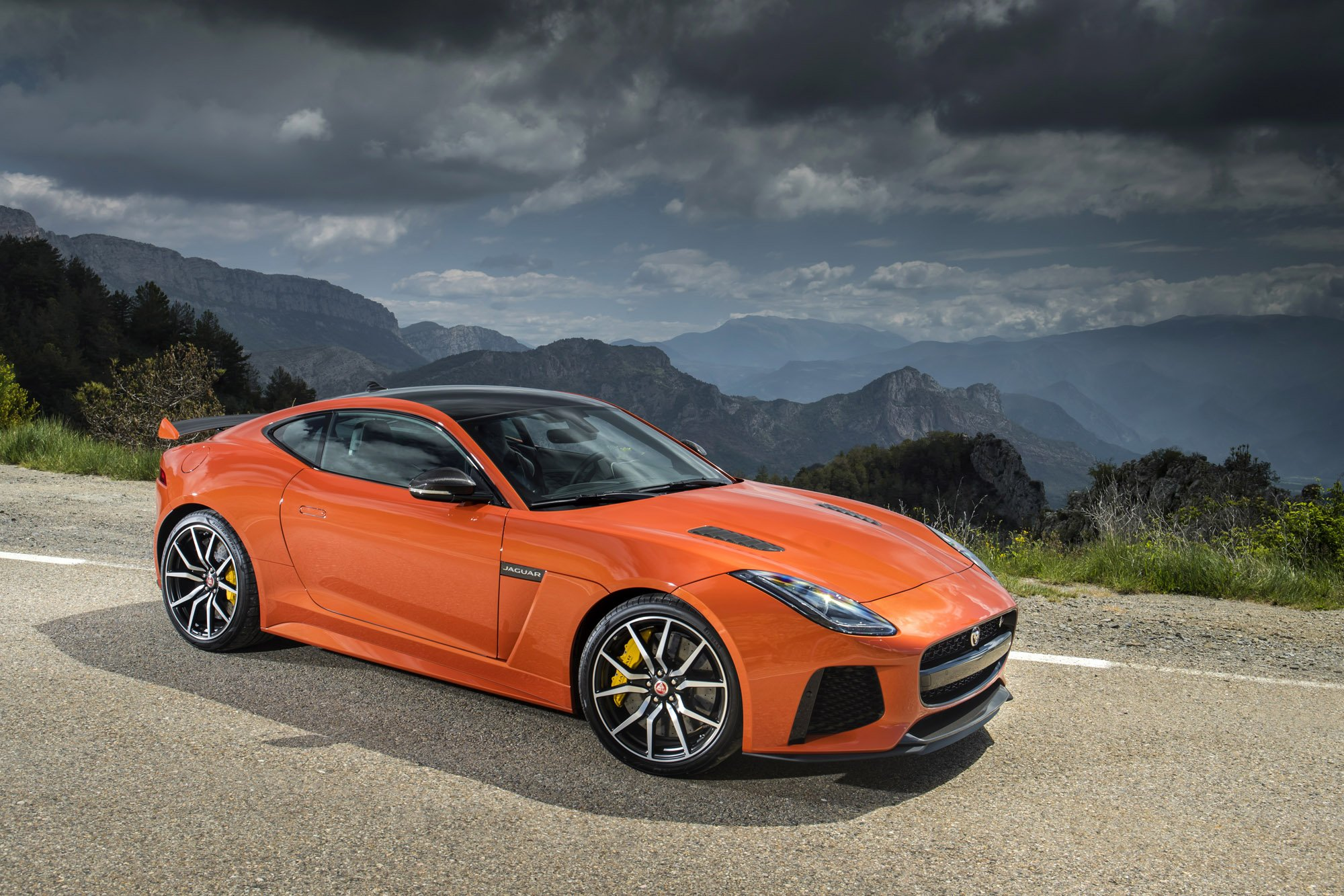 Jaguar F Type Convertible >> 2017 Jaguar F-Type SVR Review | CarAdvice