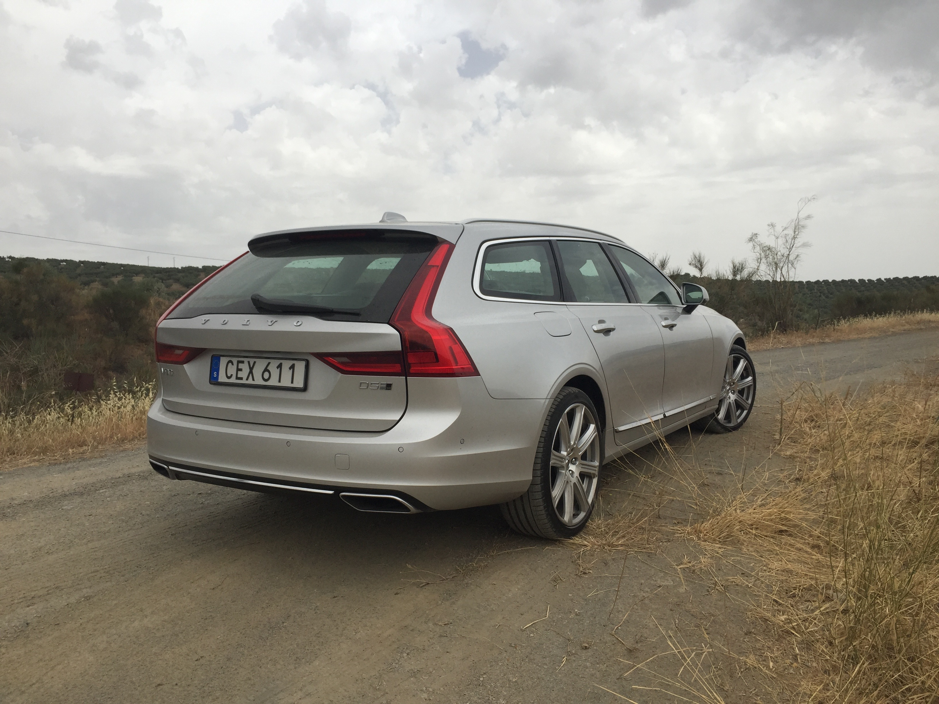 2017 Volvo V90 Review Caradvice