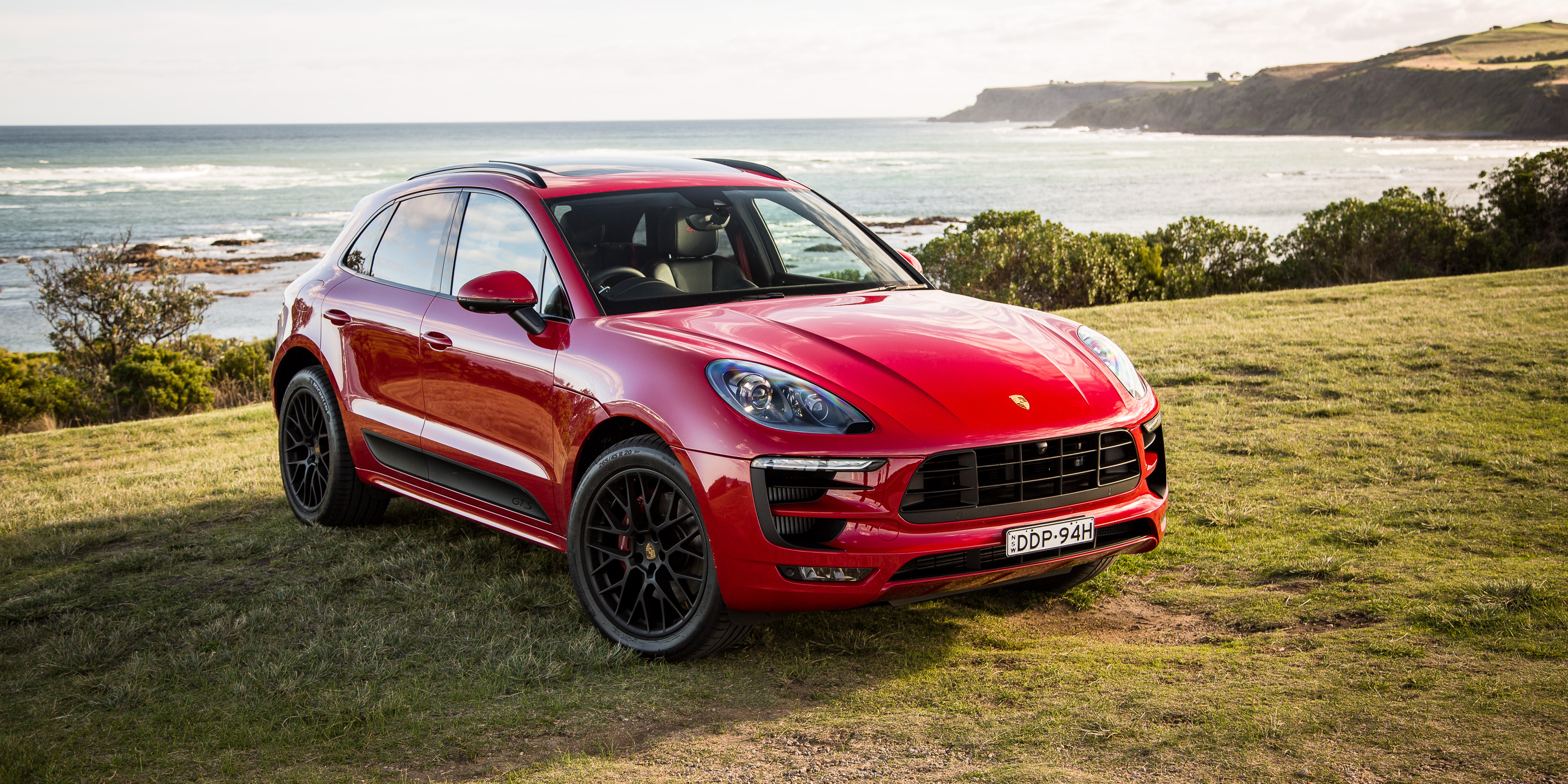 porsche macan gts review youtube autos post. Black Bedroom Furniture Sets. Home Design Ideas