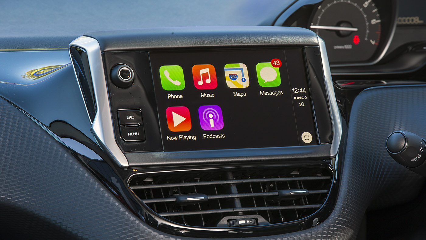 peugeot 208 gets apple carplay in new special drive away. Black Bedroom Furniture Sets. Home Design Ideas