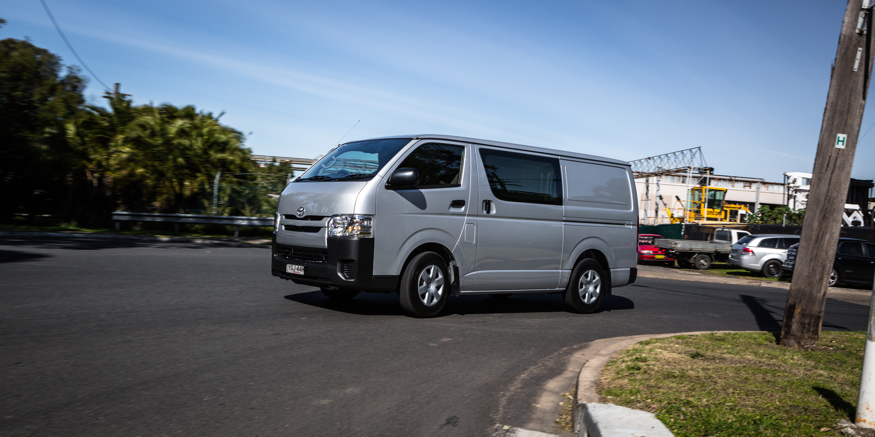 Toyota Hiace 28 Images 2016 Toyota Hiace Lwb Review