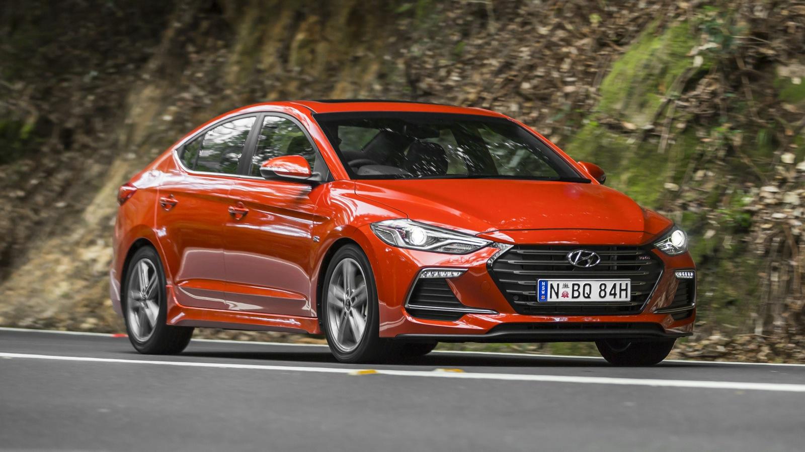 2016 Hyundai Elantra Limited >> 2017 Hyundai Elantra SR Turbo Review | CarAdvice