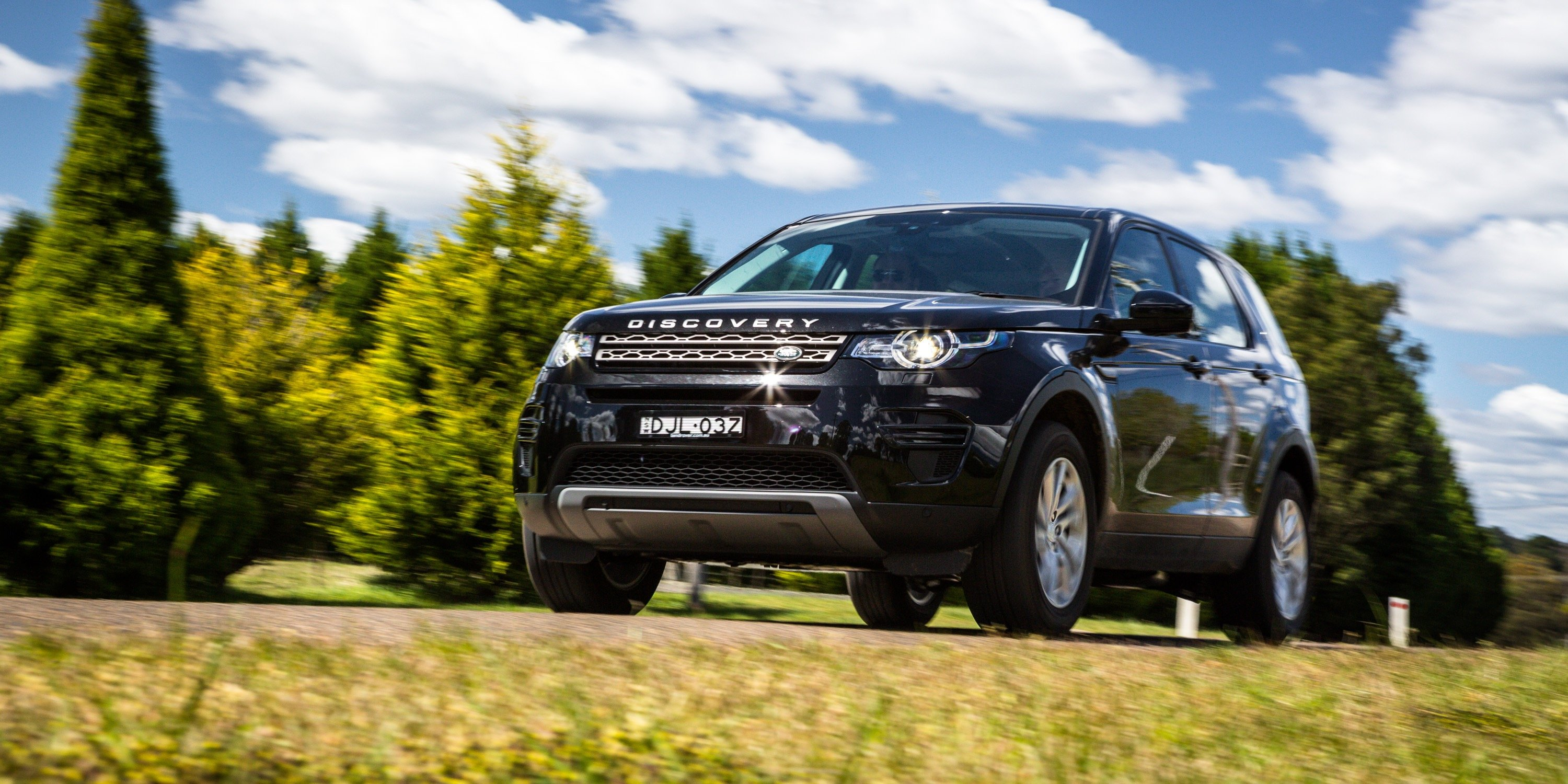2017 land rover discovery sport td4 150 se review caradvice. Black Bedroom Furniture Sets. Home Design Ideas