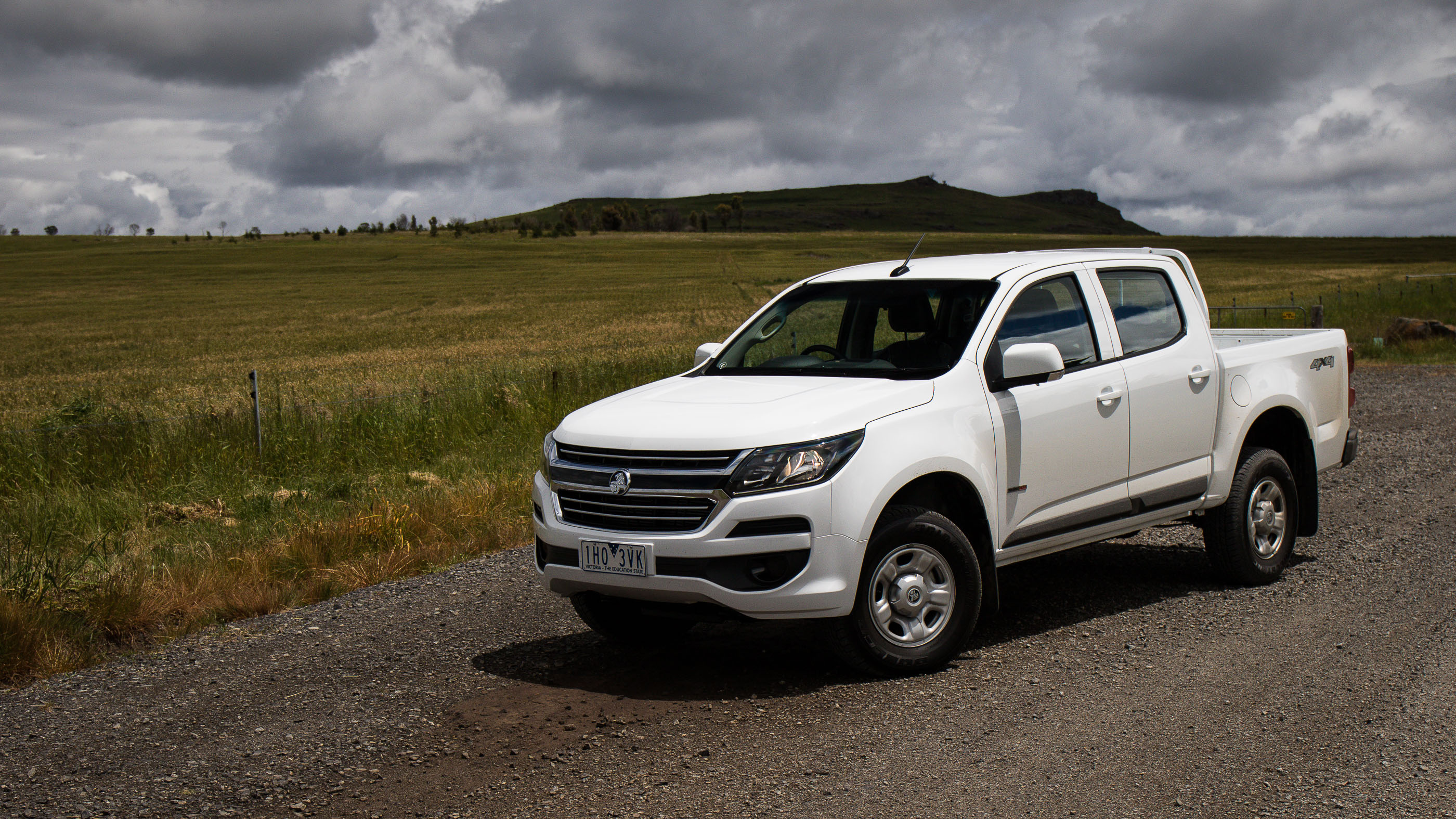 Ford Ranger White 2017 >> 2017 Holden Colorado LS review | CarAdvice