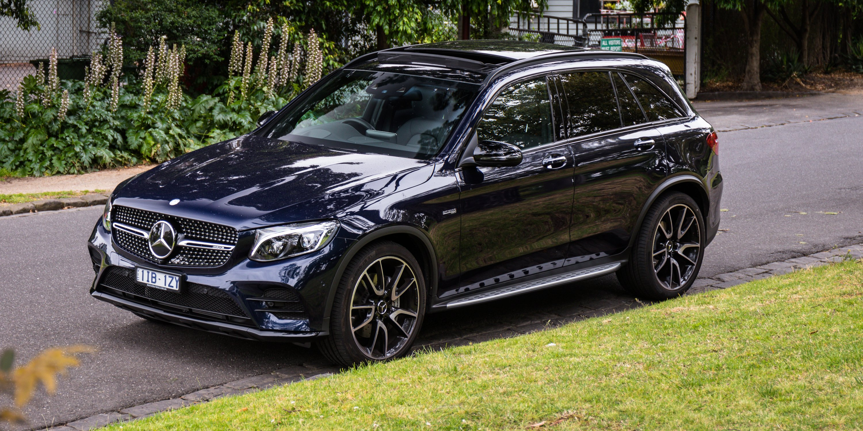 2017 mercedes amg glc43 review caradvice. Black Bedroom Furniture Sets. Home Design Ideas