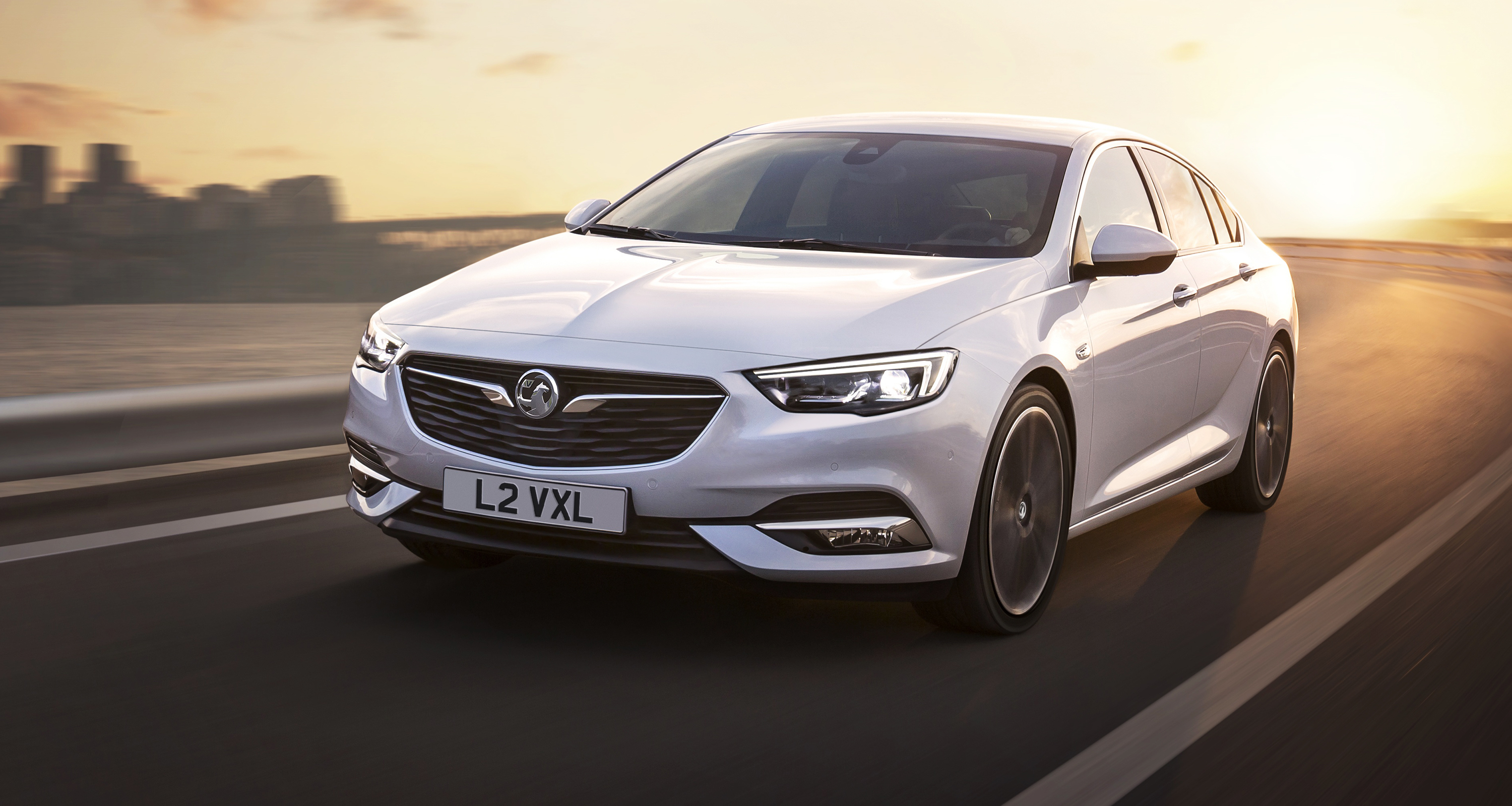 opel insignia grand sport revealed for europe holden commodore twin unveiled photos 1 of 10. Black Bedroom Furniture Sets. Home Design Ideas