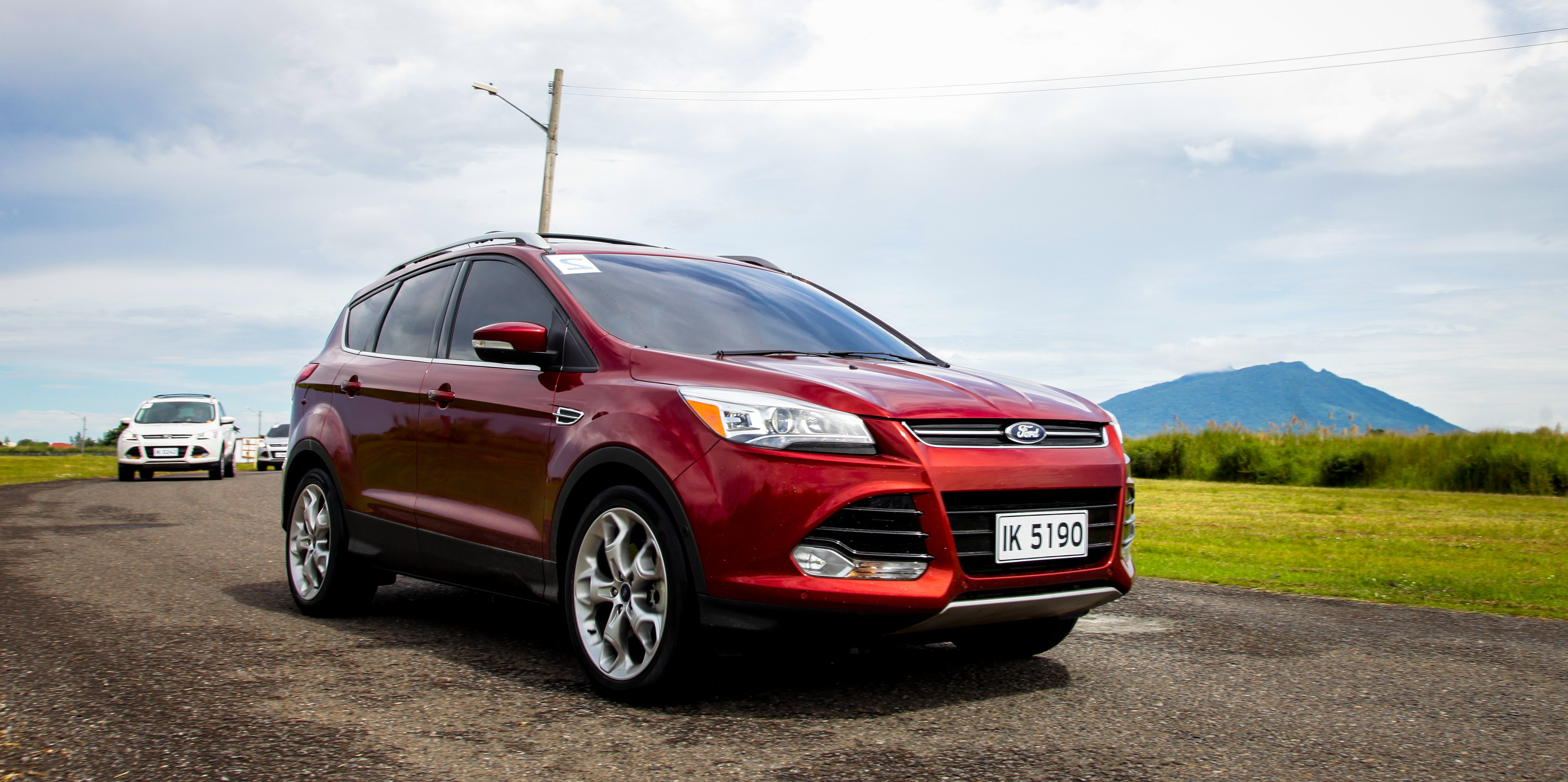 offers feu fordmedia and edge drivers help unveils en kuga advanced ecirgb ford cutting news heck stay content features efficient new suv ms sporty to suvs