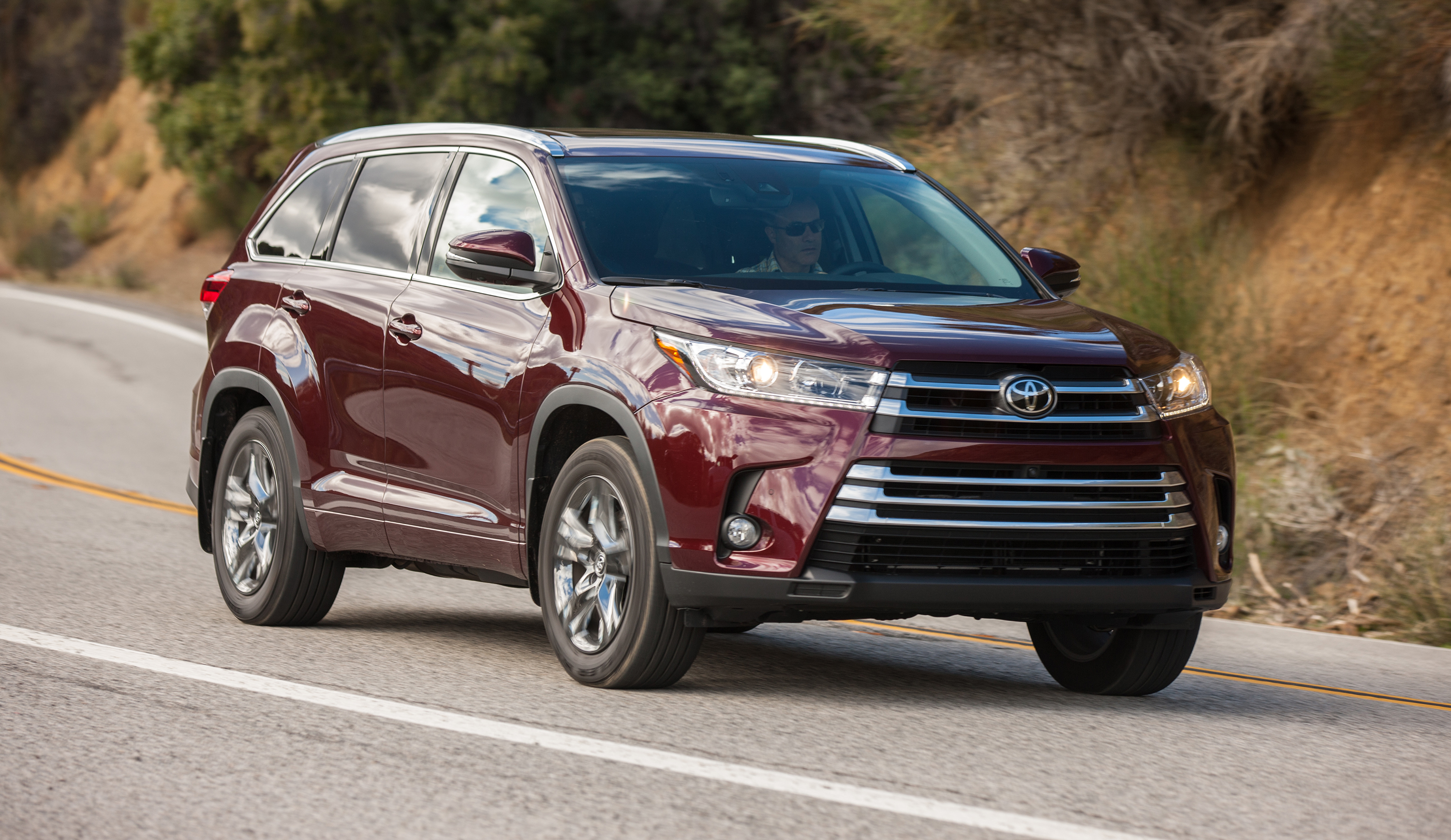Toyota Highlander Limited >> 2017 Toyota Kluger review | CarAdvice