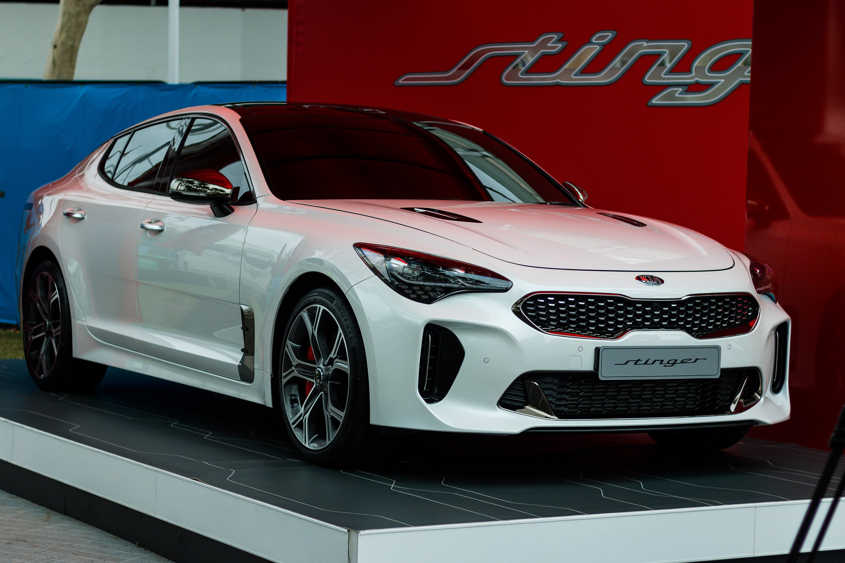 2018 Kia Stinger GT:: Korean show-stopper lobs Down Under to ace Australian Open crowds - Photos ...