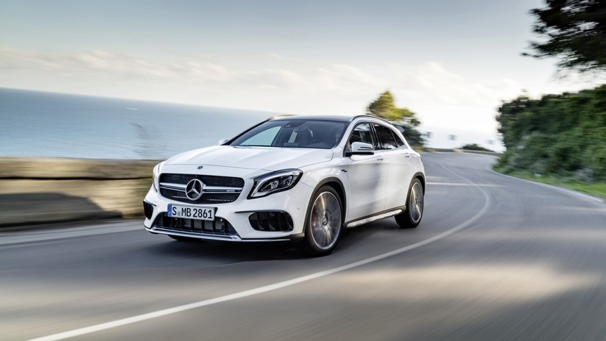 2017 mercedes benz gla and mercedes amg gla45 facelifted models revealed photos 1 of 88. Black Bedroom Furniture Sets. Home Design Ideas