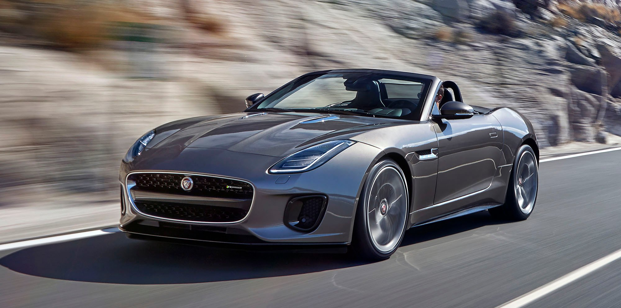 2017 jaguar f type facelift unveiled with new 400 sport r dynamic models photos 1 of 9. Black Bedroom Furniture Sets. Home Design Ideas