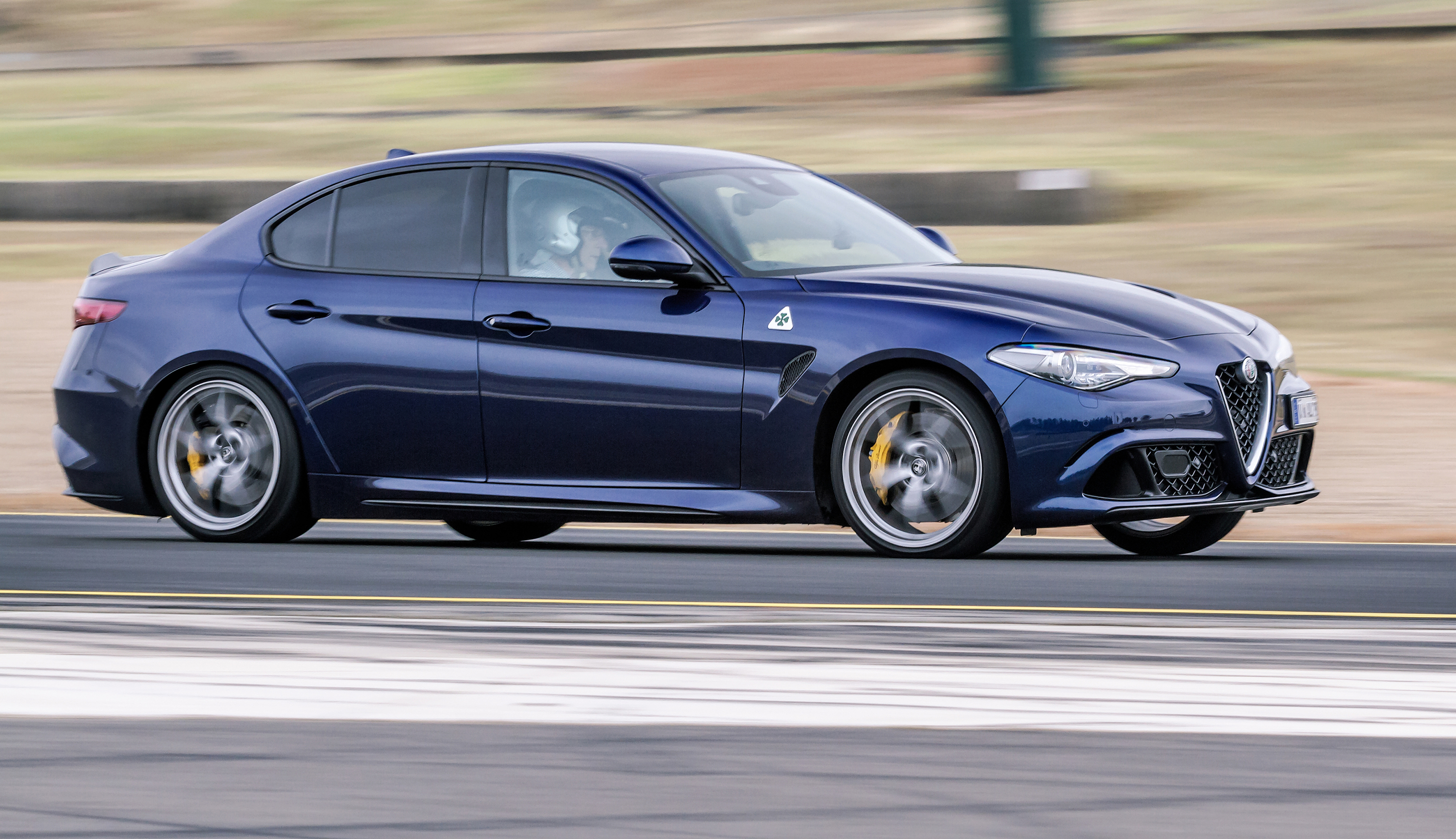 2017 alfa romeo giulia quadrifoglio track review caradvice. Black Bedroom Furniture Sets. Home Design Ideas