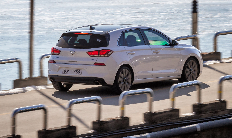 Elegant 2017 Hyundai I30 Review  CarAdvice