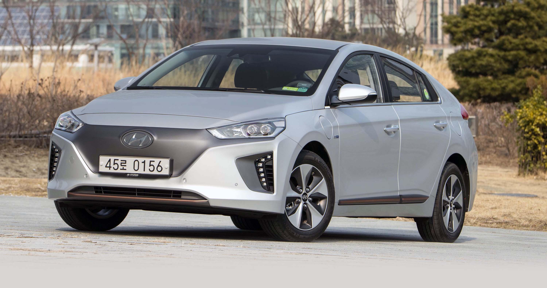 Popular 2017 Hyundai Ioniq Review  CarAdvice