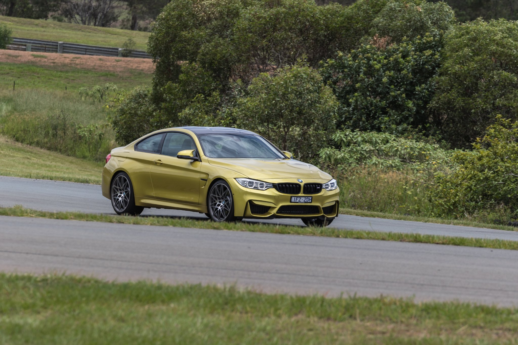 Bmw m4 coupe vs mercedes amg c63 s coupe photo comparison - Bmw M4 Competition V Mercedes Amg C63 S Coupe Track