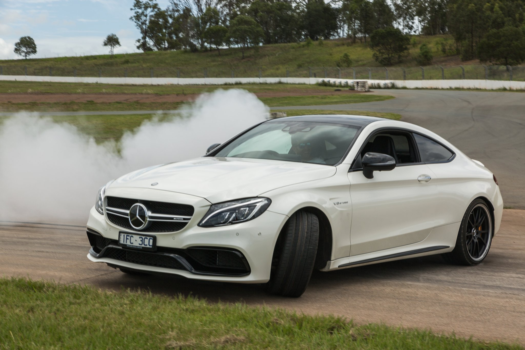 C63 Amg Coupe 2018 >> BMW M4 Competition v Mercedes-AMG C63 S Coupe track comparison - Photos (1 of 53)
