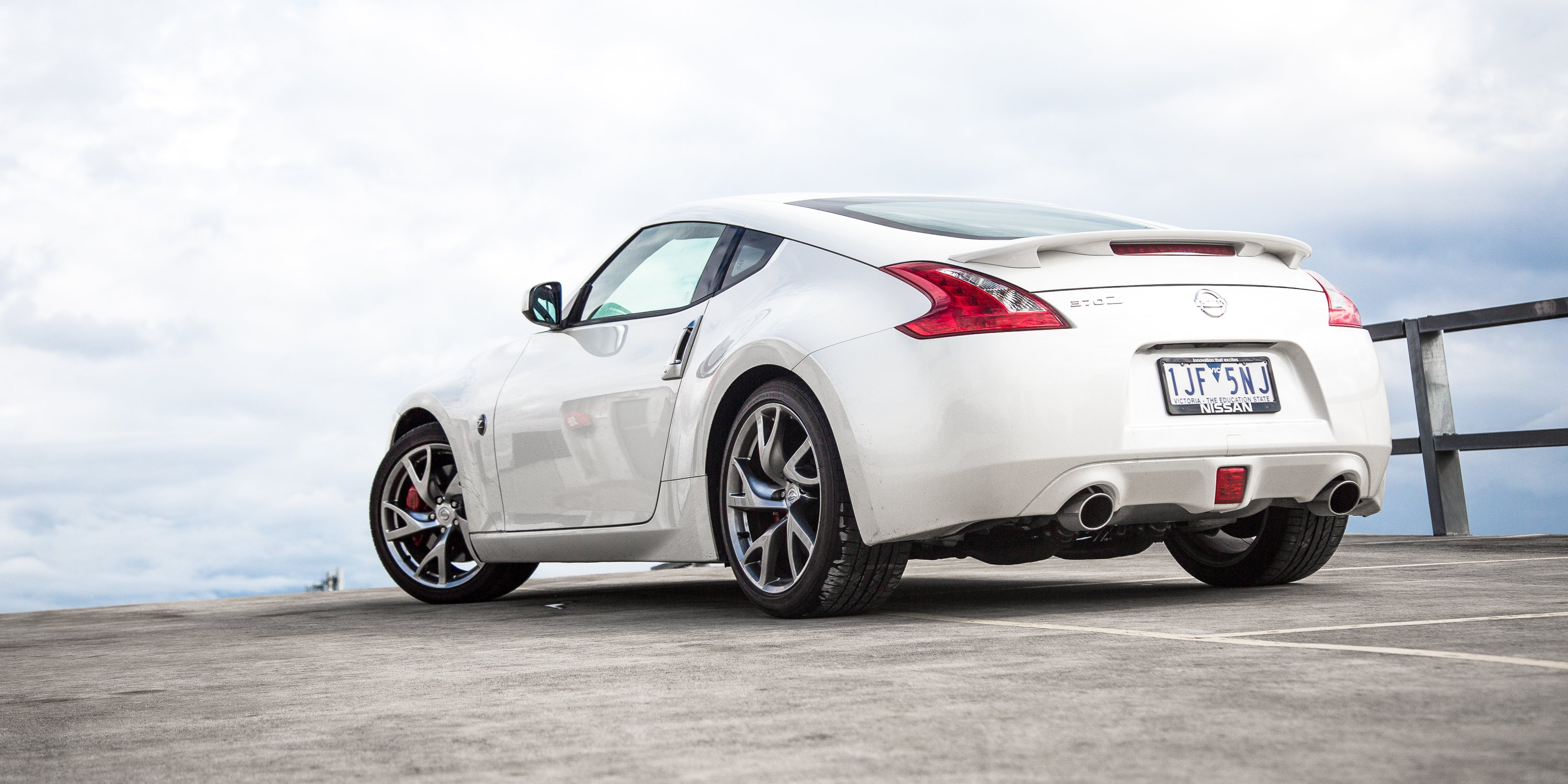 2017 Nissan 370Z Coupe review | CarAdvice