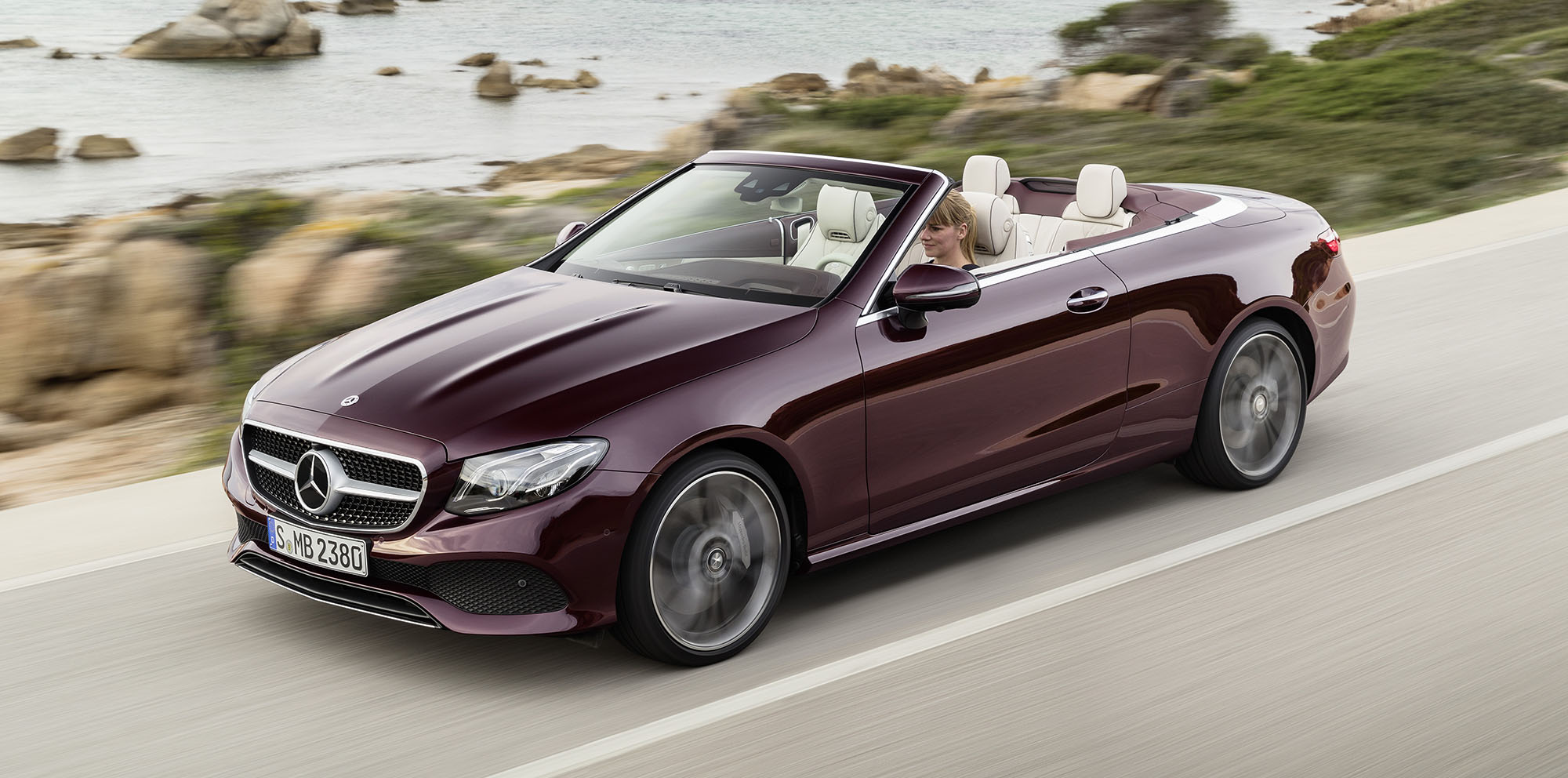 2017 mercedes benz e class cabriolet revealed photos 1. Black Bedroom Furniture Sets. Home Design Ideas