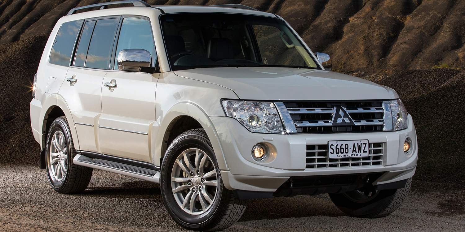 2010 2014 mitsubishi pajero recalled for takata airbags 20 000 vehicles affected photos 1 of 2. Black Bedroom Furniture Sets. Home Design Ideas