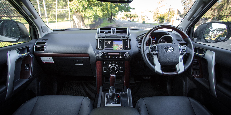 Toyota Kluger 2017 Review >> 2017 Toyota LandCruiser Prado Kakadu review   CarAdvice