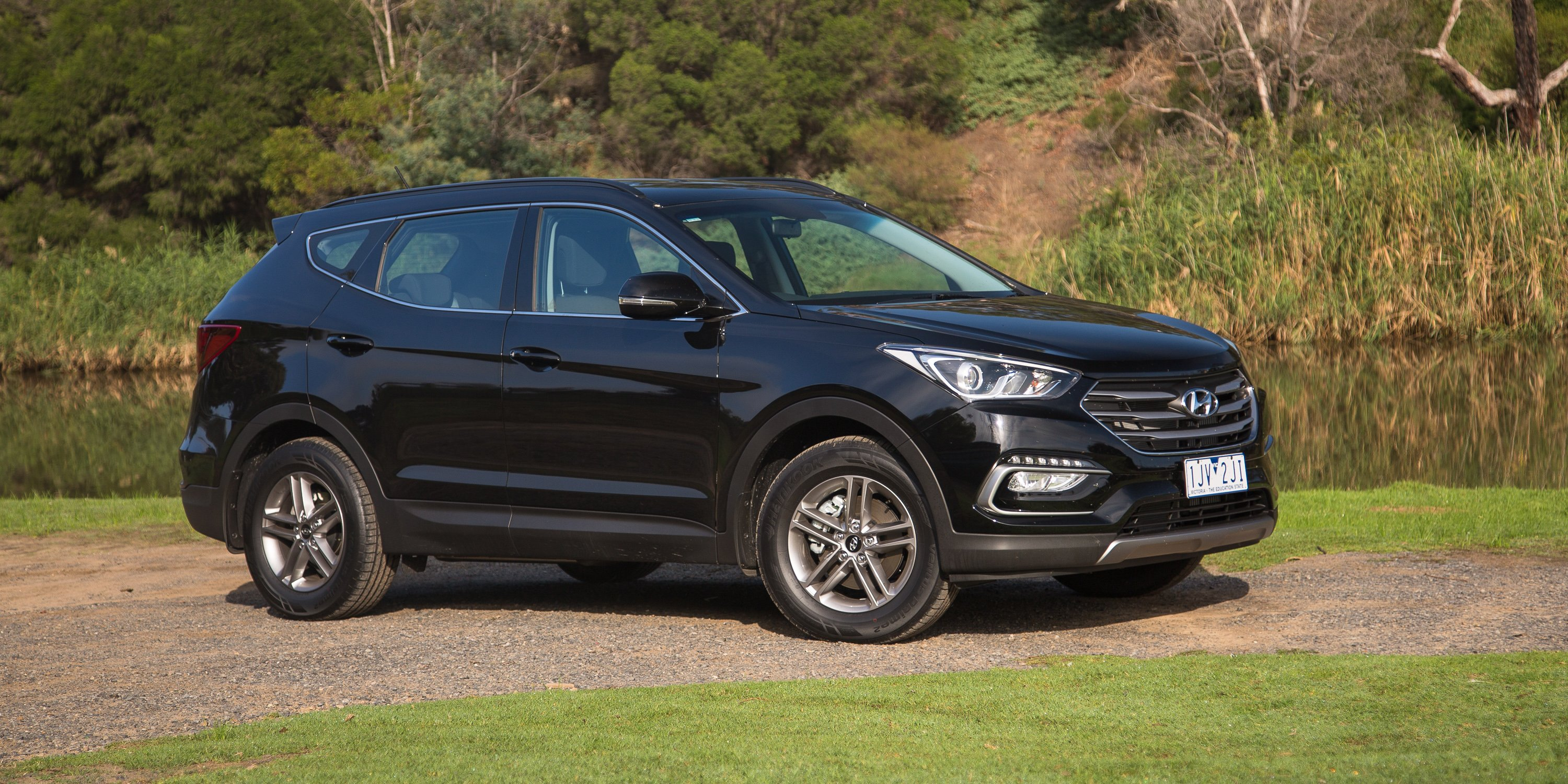 Awesome 2017 Hyundai Santa Fe Active Diesel Review  CarAdvice