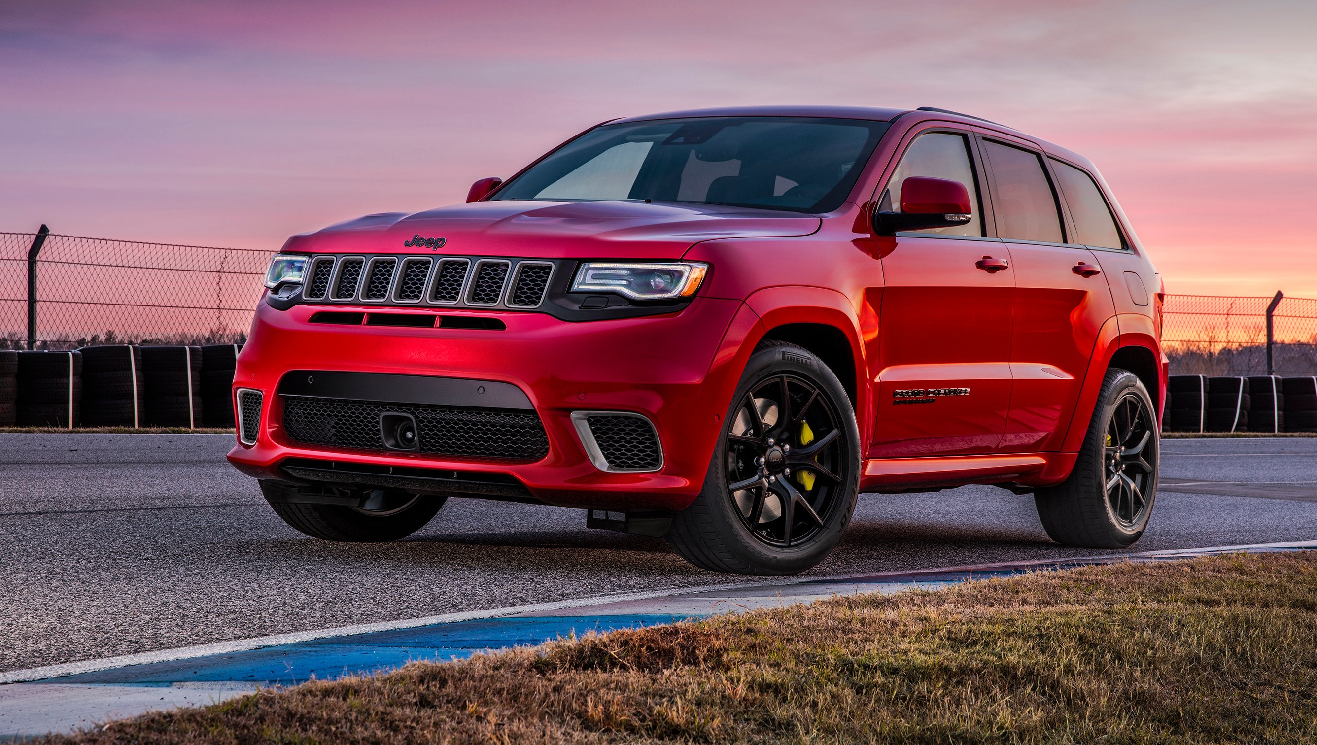 2017 jeep grand cherokee trackhawk revealed australian arm keen photos 1 of 51. Black Bedroom Furniture Sets. Home Design Ideas