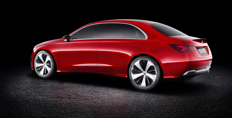 2018 mercedes benz a class sedan concept revealed photos for Mercedes benz hydrogen car