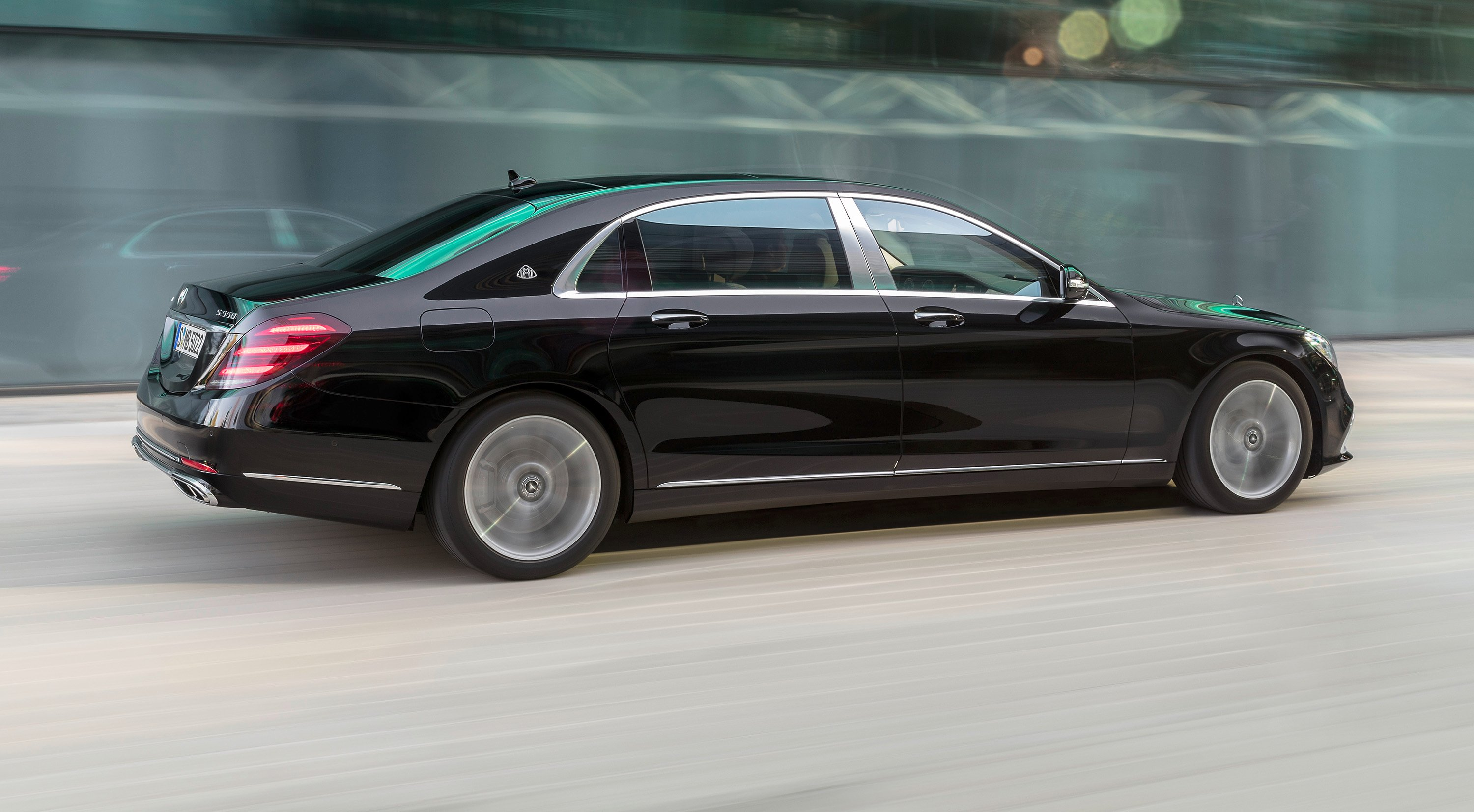 2018 Mercedes-Benz S-Class, AMG, Maybach models revealed - Photos (1 of 39)