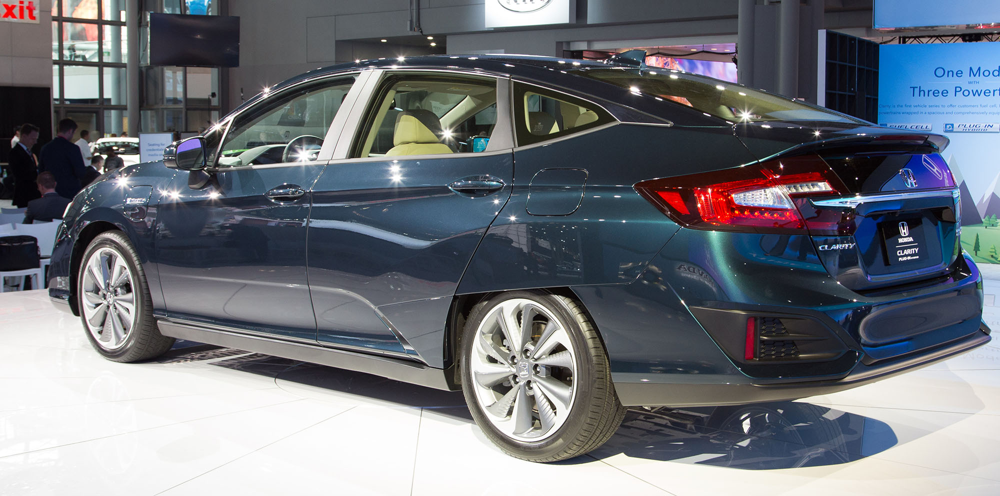 honda clarity electric and plug in hybrid launched. Black Bedroom Furniture Sets. Home Design Ideas