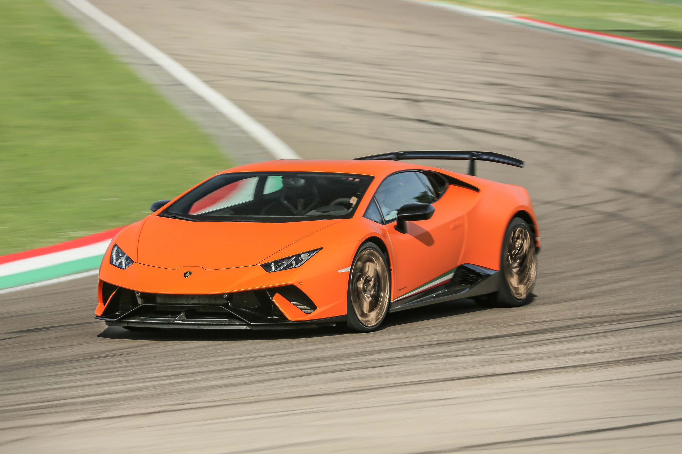 2017 Lamborghini Huracan Performante Review Caradvice