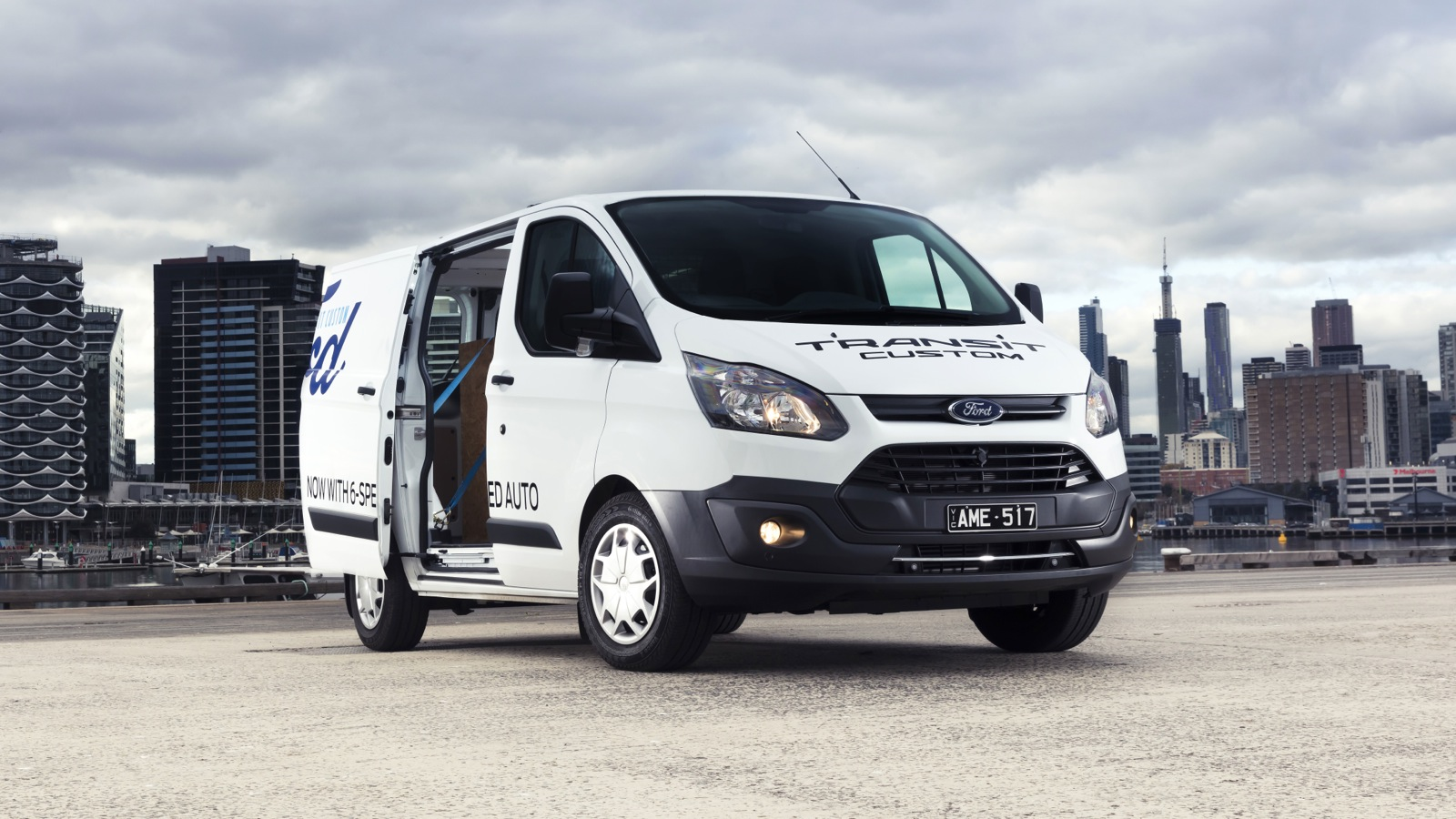 2017 ford transit custom automatic review caradvice. Black Bedroom Furniture Sets. Home Design Ideas