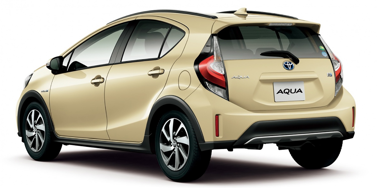 toyota prius c gets crossover update in japan update photos 1 of 13. Black Bedroom Furniture Sets. Home Design Ideas