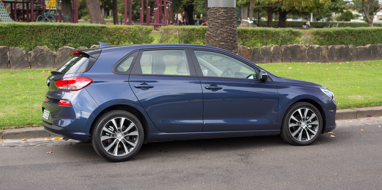 Mazda Cx 5 Elite >> 2017 Hyundai i30 Elite review | CarAdvice