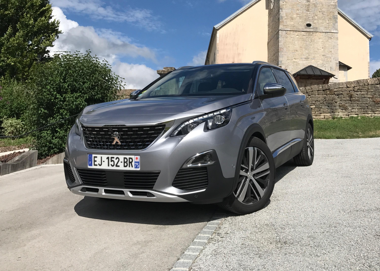 2018 Peugeot 5008 Review