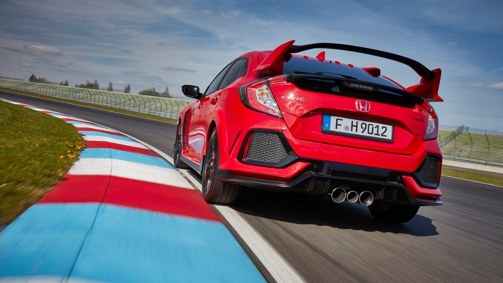 2018 Honda Civic Type R triple exhaust makes the car quieter… wait, what?