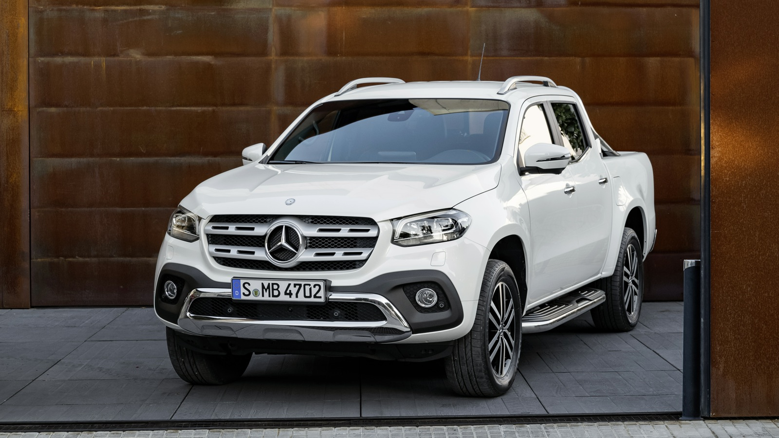 mercedes benz x class could gain amg styling pack but won t get a v8 photos 1 of 3. Black Bedroom Furniture Sets. Home Design Ideas