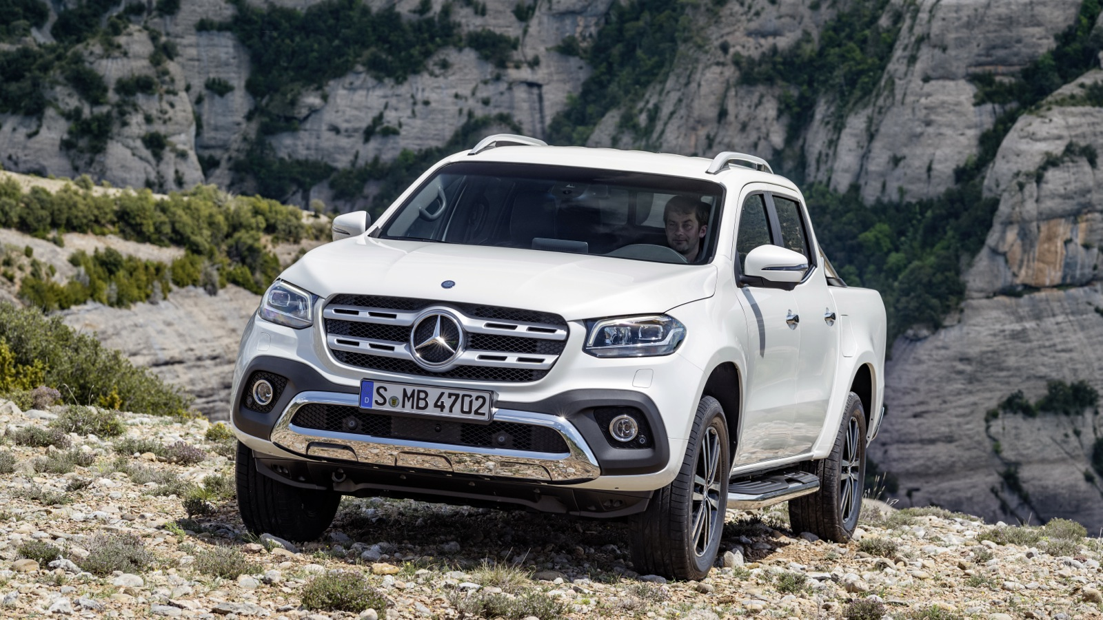Mercedes benz x class could gain amg styling pack but won for Mercedes benz v8 amg